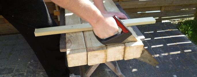 Gartentisch selber bauen rustikal  Gartentisch selber bauen für unter 100 Euro - Anleitung